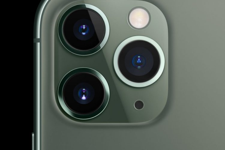 Apple_iPhone-11-Pro_Most-Powerful-Advanced_091019-min